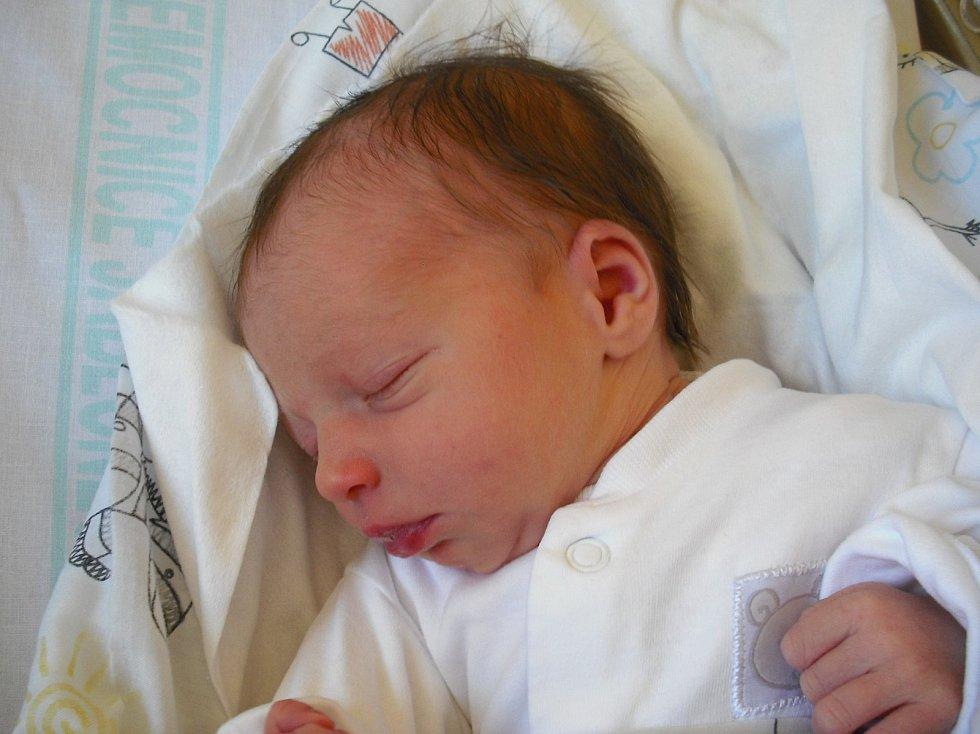 Emička Čapková. Narodila se 13. října v jablonecké porodnicimamince Kristýně Pánkové z Frýdlantu.Vážila 2,77 kg a měřila 48 cm.