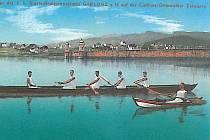 Jablonecká přehrada na historické pohlednici ze začátku 20. století.