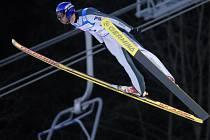 V lyžařském areálu na Ještědu proběhla skokanská část 17. závodu severské kombinace světového poháru. Na snímku Ital Danielle Munari.