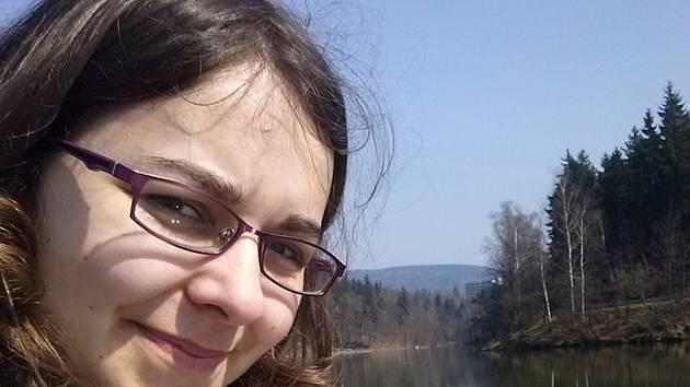 Polka Kinga Grzanka, 25 let, pracuje od začátku letošního roku v Liberecké občanské společnosti, kde učí polštinu.