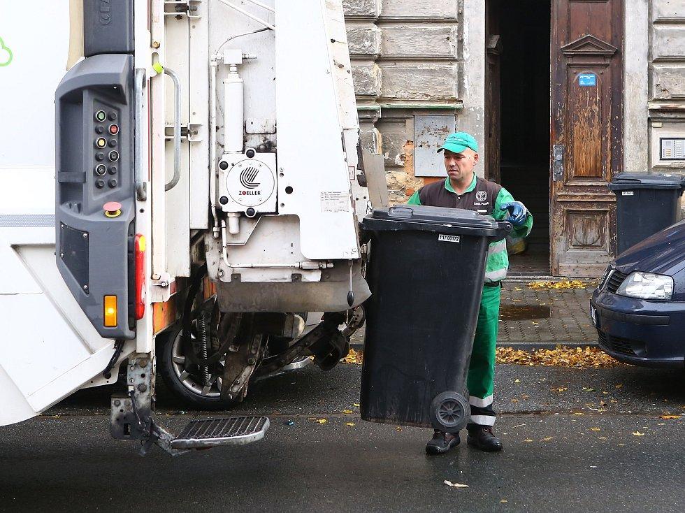 Ilustrační snímek. Svoz odpadu.