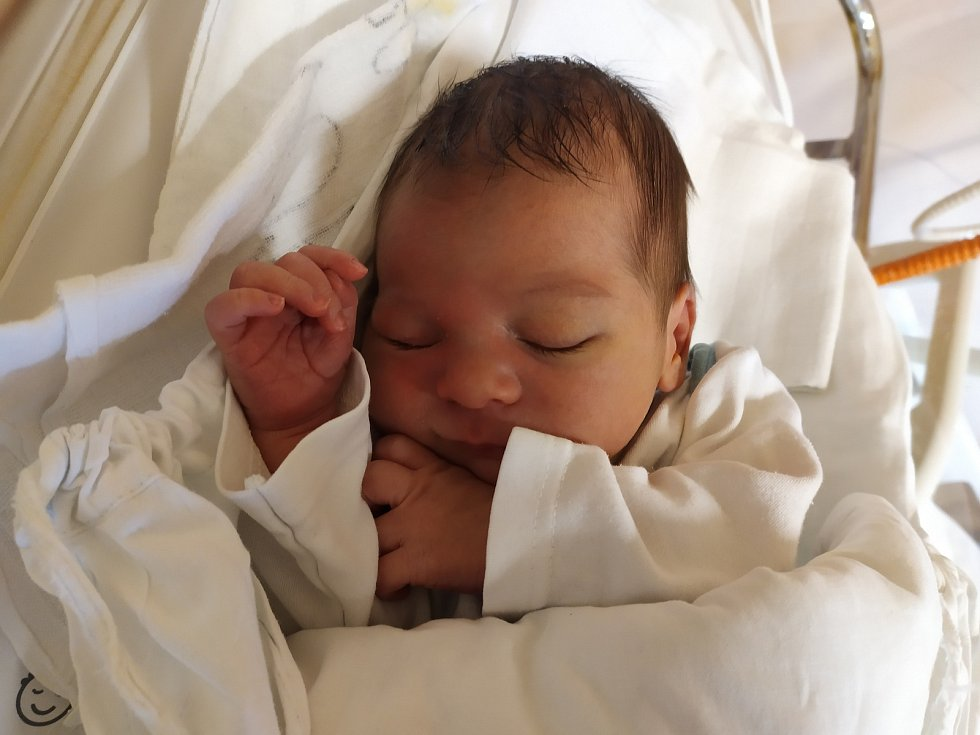 Matyáš Lexmaul. Narodil se 30. září v liberecké porodnicimamince Nele Kuntové z Liberce. Vážil 3,35 kg a měřil 50 cm.