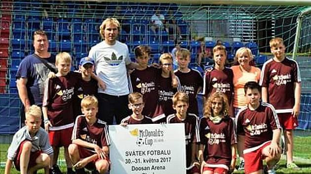 20. ročníku fotbalového McDonald's Cupu s Nedvědem.