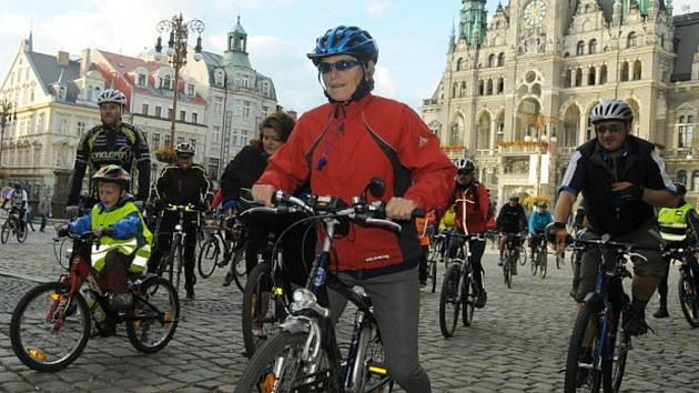 Libercem projojely stovky nadšených cyklistů