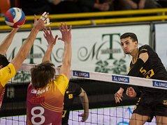 Volejbal Brno při zápase. Na snímku vpravo je Daniel Římal.