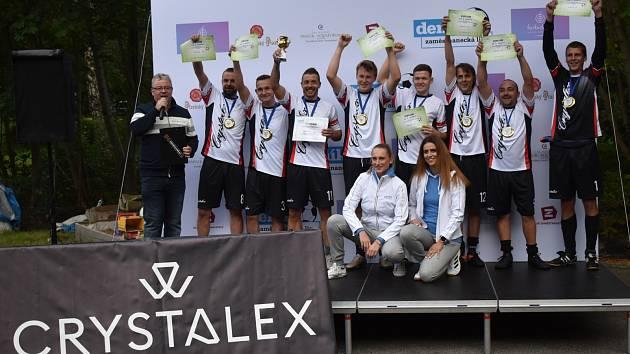 Tým Crystalex CZ Nový Bor vyhrál Zaměstnaneckou ligu Deníku.