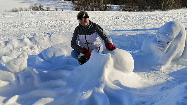 Sněhové sochy oživily sídliště.