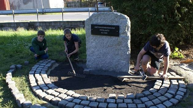 Pomník ve Frýdlantě