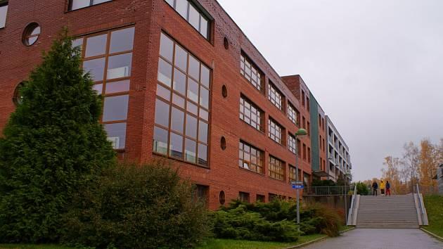 Střední odborná škola v Jablonecké ulici.