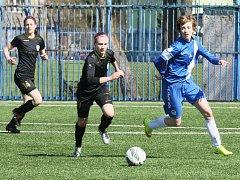 BOD NESTAČIL. Liberecké fotbalistky (vpravo střelkyně Andrea Jarchovská) remizovaly s Bohemians 1:1.