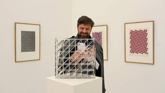 Výstava v OGL  – Geometrické struktury / Pocta Zdeňku Sýkorovi.