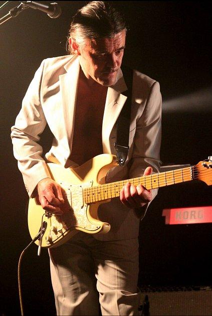 SOUL ROCKOVÁ KAPELA MANDRAGORA  vklubu Woko vJablonci nad Nisou vříjnu 2010.