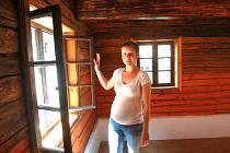 ZACHOVALI I DOBOVÉ DETAILY. Cenu získal vzorově rekonstruovaný podstávkový dům ve Frýdlantu mimo jiné i za zachování historických detailů.
