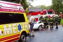 Na začátku září pomáhali dobrovolní hasiči z Hrádku nad Nisou u likvidaci dopravní nehody dvou osobních automobilů v Hrádku, při které byli zraněni dva lidé. Zaklíněného řidiče museli z auta vyprostit hydraulickými nůžkami.