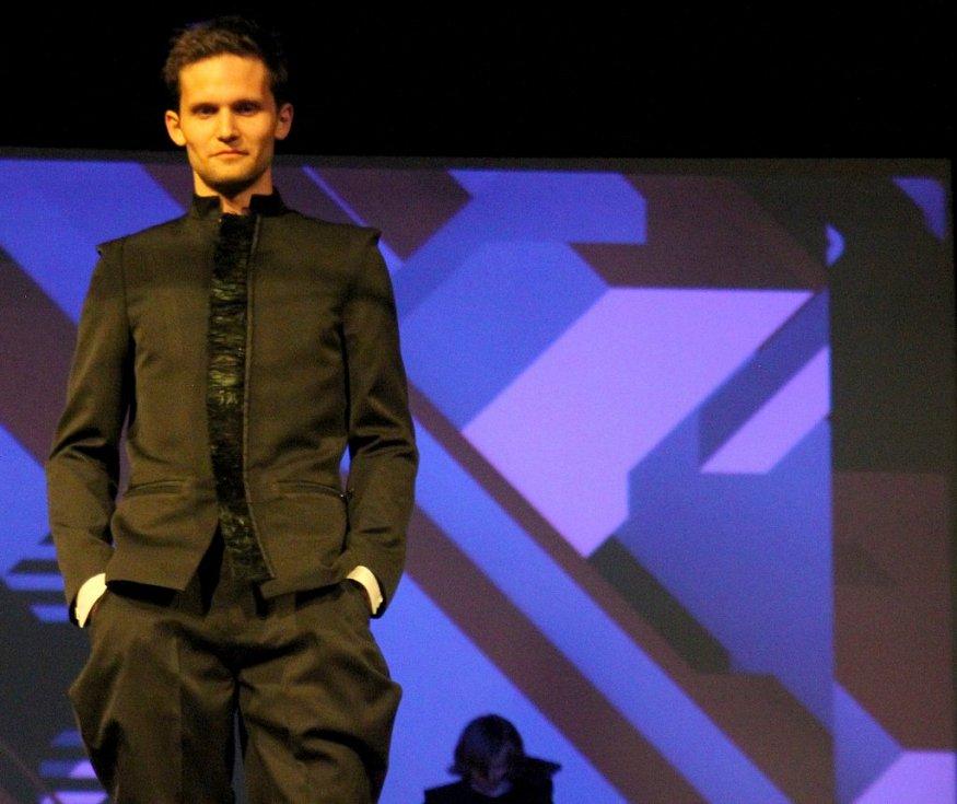 Fashion show Ondřej Ludín: Veracious na DrinkARTu ve vratislavických Desítkách