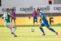 POSLEDNÍ VZÁJEMNÝ MAČ. Na začátku června vyhrál Liberec v Jablonci 1:0. Na snímku záložník Slovanu Martin Zeman (vpravo).