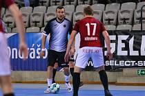 Liberec prohrál na Spartě vysoko 4:11. Na snímku liberecký Karel Vrabec.