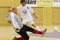 BÉČKO DÉMONŮ PORAZILO SLAVII TU. Čtyřem gólům nezabránil liberecký gólman Dodo Doležel.
