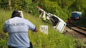 Srážka vlaku s dodávkou ve Stráži nad Nisou