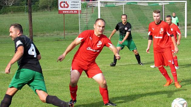 Z fotbalového klání Krásný Les - Habartice 0:3.