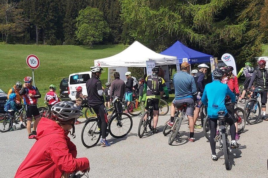 Jubilejní ročník odstartoval o uplynulém víkendu v Libereckém kraji v Jizerských horách u horské chaty Bedřichov - Nová Louka.