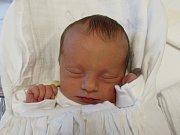 KAROLÍNA STRÁNSKÁ  Narodila se 5. prosince v liberecké porodnici mamince Marcele Čapkové z Alšovic. Vážila 2,71 kg.