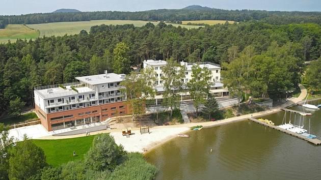 Stavbou roku kraje je hotel Port v Doksech - Liberecký deník