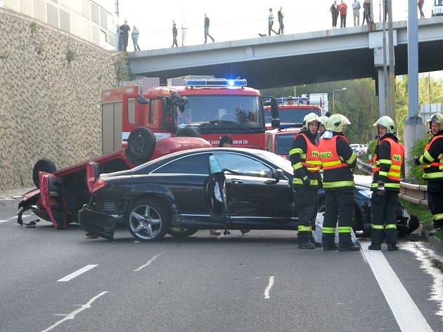 Nehoda na výpadovce z Liberce