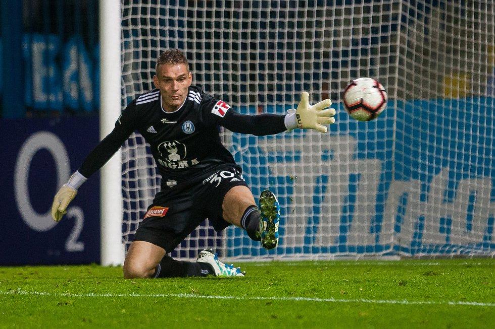 Zápas 10. kola první fotbalové ligy mezi týmy FC Slovan Liberec a SK Sigma Olomouc se odehrál 29 září na stadionu U Nisy v Liberci. Na snímku je brankář Miloš Buchta.