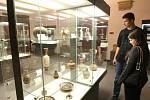 Lidé si užili zvláštní atmosféru nočních prohlídek a zážitků u příležitosti Muzejní noci.