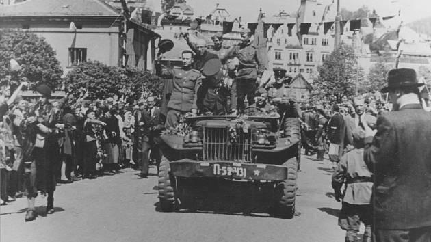 Příjezd Rudé armády do Semil 10.5.1945
