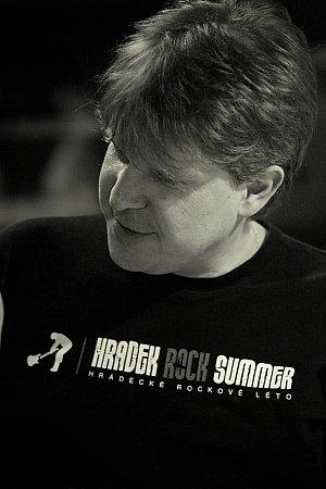 Pořadatel Hrádeckého rockového léta Stanislav Dlouhý.