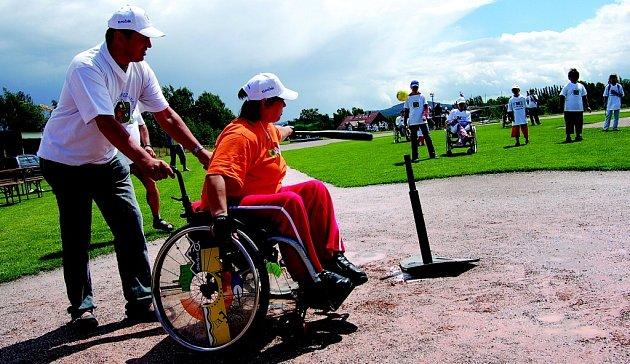 O prvenství v baseballovém turnaji soupeřila družstva z Čech, Německa a Polska.