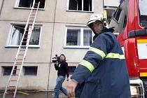 Požáry kuchyní jsou nebezpečné. Ohrožují nejen  obyvatele postiženého bytu, ale třeba v panelácích i další nájemníky.