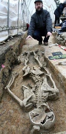 PRVNÍ geneticky zkoumanou kostrou na Liberecku byl Tobiáš zHrádku nad Nisou.