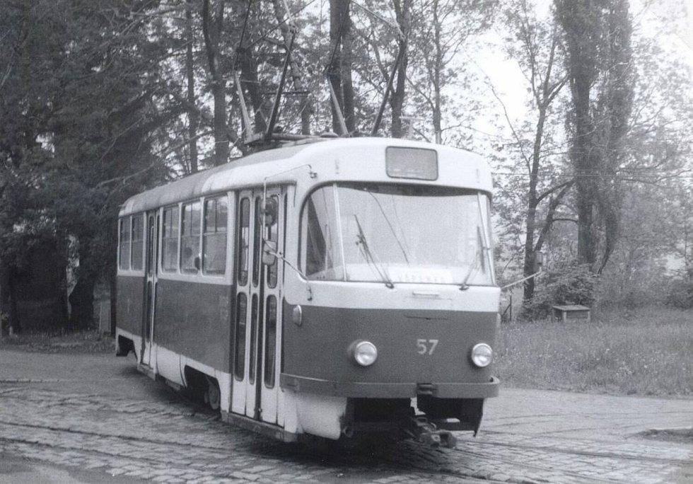 Tramvaj T3M číslo 57.