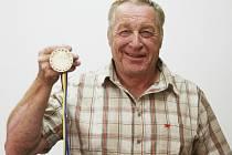 FRANTIŠEK HALÍŘ. Olympionik na saních z Grenoblu 1968 stále jezdí a navíc nyní míří do svazové funkce.