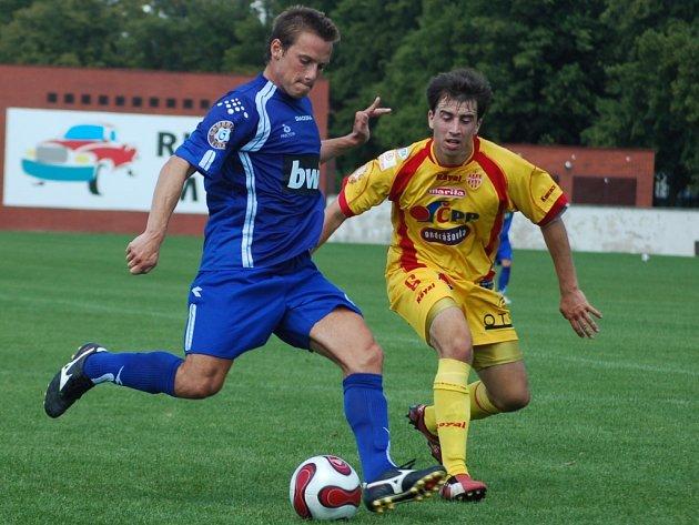 ZASE 5:1! Slovan porazil v přípravném zápase Příbram 5:1, stejně jako na jaře v lize. Gólem se blýskl také navrátilec z hostování z Teplic Filip Dort, který bojuje s příbramským Danielem Tarczalem.