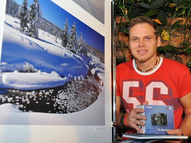 Vítězslav Hudský se svým vítězným snímkem Zimní poezie