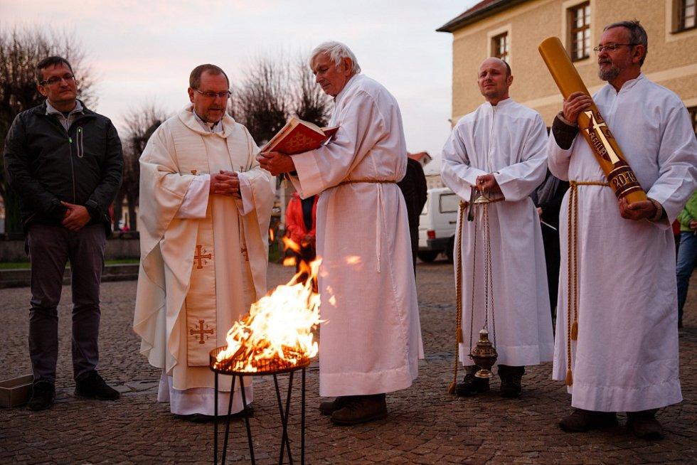 Velikonoční vigilie konaná v kostele Navštívení Panny Marie v Hejnicích, 2019.