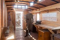 Milovníci vlaků a historie si mohou do 3. června na vlakovém nádraží ve Frýdlantě prohlédnout repliku vlakové soupravy zrekonstruované po vzoru vagonů používaných československými legionáři v období let 1918–1920.