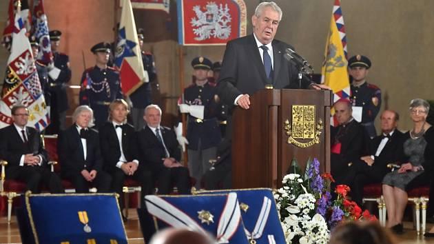 28. října se budou ve Vladislavském sále na Pražském hradě předávat ocenění. Řada politiků se ale slavnosti nezúčastní.