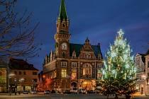Vánoční strom ve Frýdlantě.