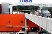Obchodní centrum Nisa Liberec při rekonstrukci.