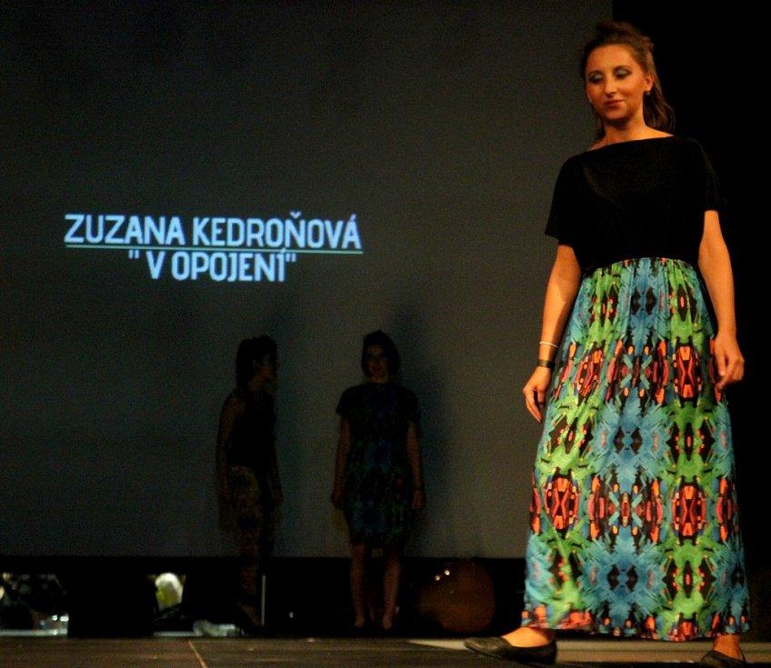 Fashion show Zuzana Kedroňová: V opojení na DrinkARTu ve vratislavických Desítkách