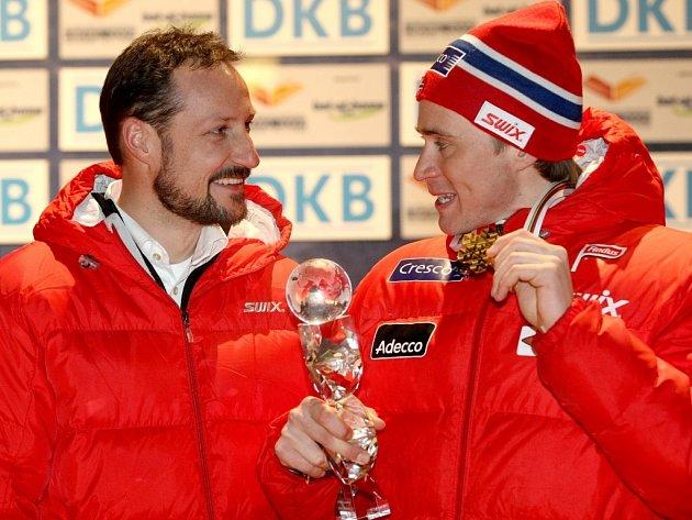 Norským medailistům přišel gratulovat norský princ (vlevo).