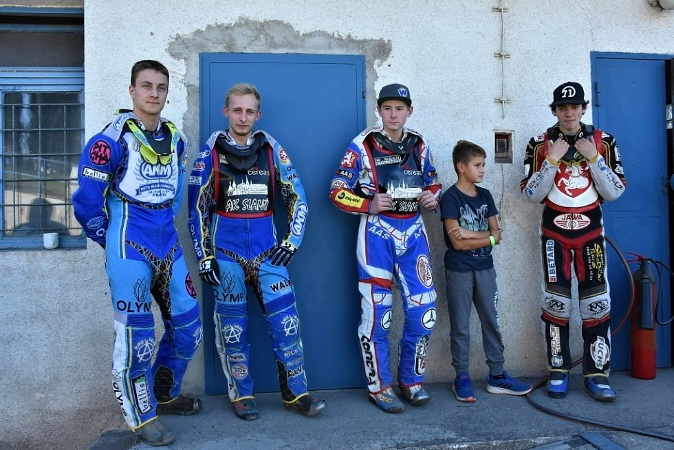 Libereckým plochodrážníkům vyšel třetí závod, který se jel ve Slaném.