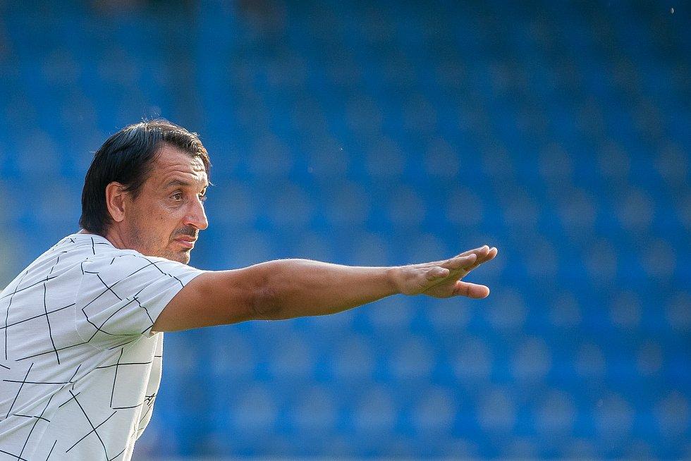 Zápas 3. kola první fotbalové ligy mezi týmy FC Slovan Liberec a FK Teplice se odehrál 4. srpna na stadionu U Nisy v Liberci. Na snímku je trenér Zsolt Hornyák.