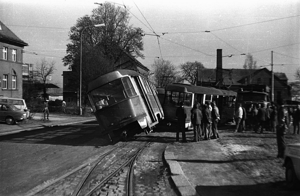 Tramvajová nehoda v Liberci, která se stala v roce 1981.