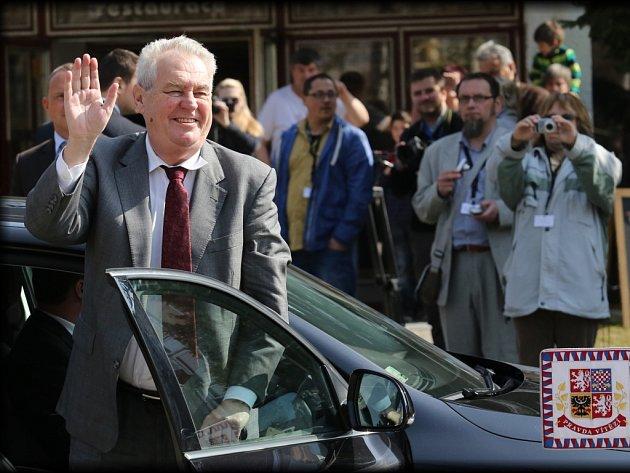 Prezident Miloš Zeman ve Stráži pod Ralskem.